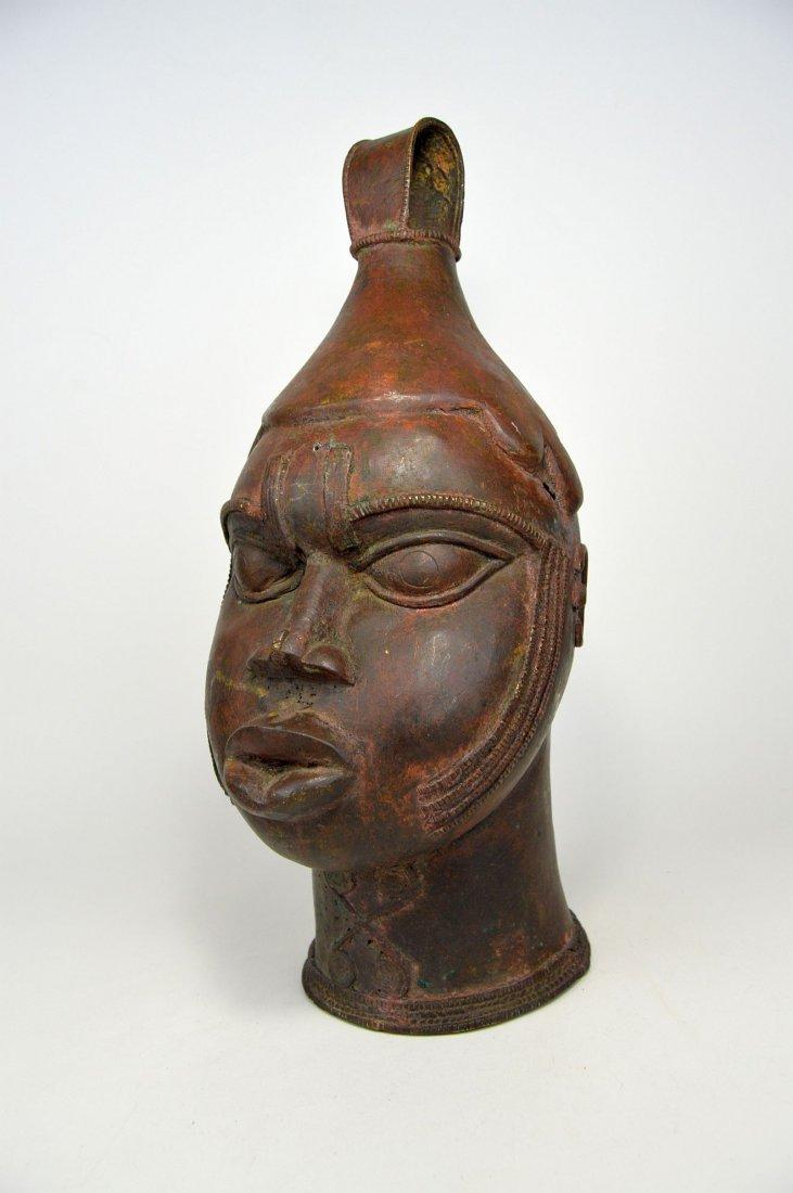 A Fine Old Yoruba Ijebu Bronze Bell - 3