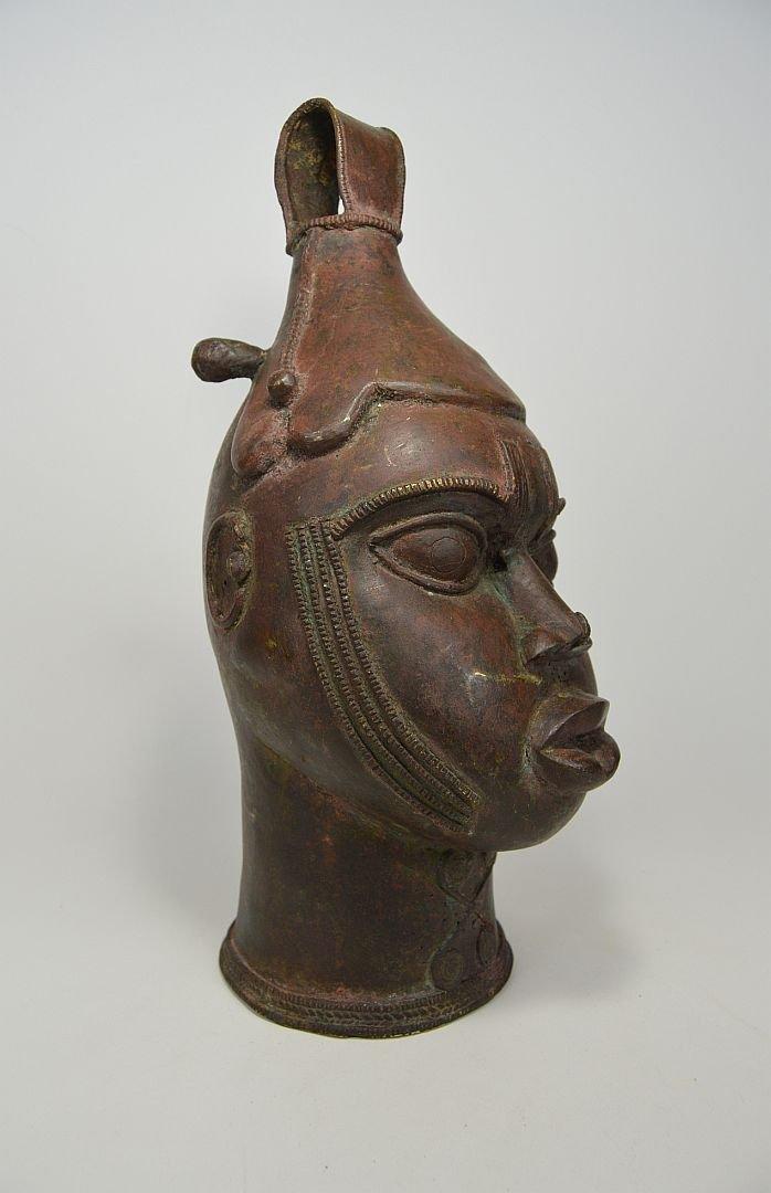 A Fine Old Yoruba Ijebu Bronze Bell - 4