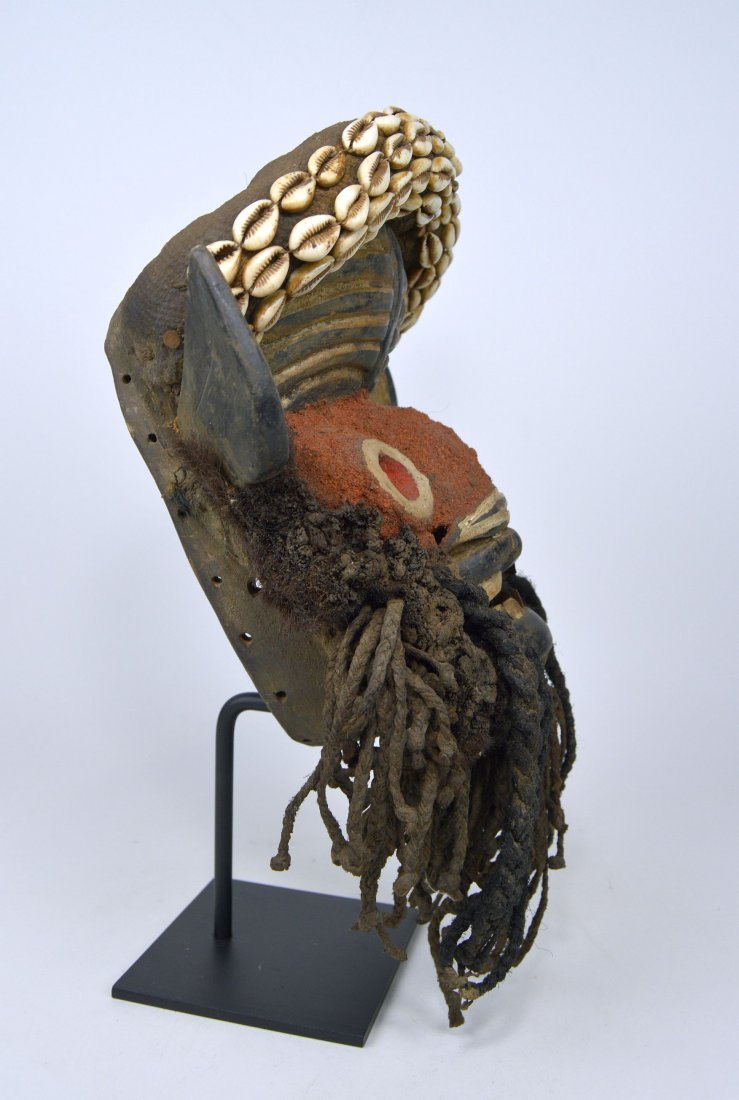 A Gere African mask - 3