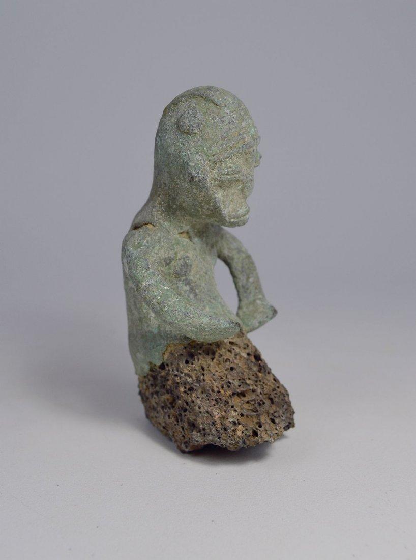 Unusual Sao Male bronze sculpture from Chad - 4