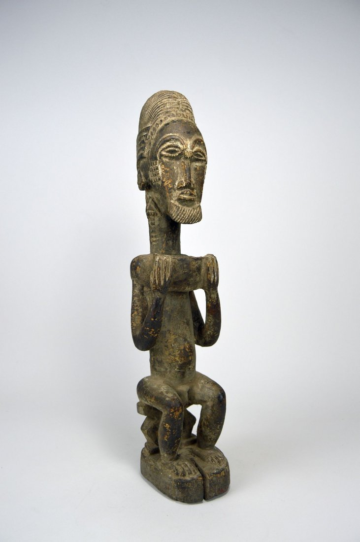 Carved wooden male ancestor with offering bowl - 3