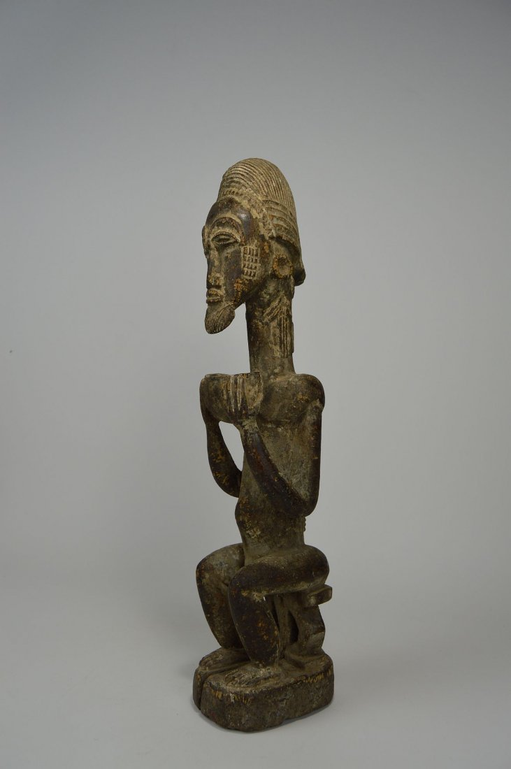 Carved wooden male ancestor with offering bowl - 4