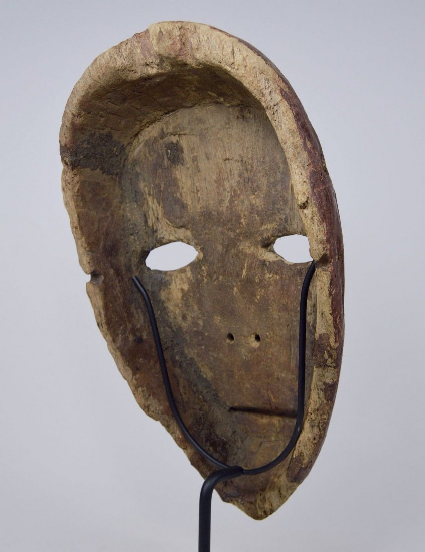 Eroded old Kumu African mask, African Art - 10