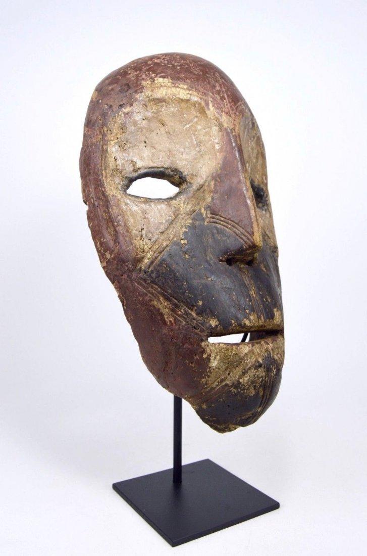 Eroded old Kumu African mask, African Art - 3