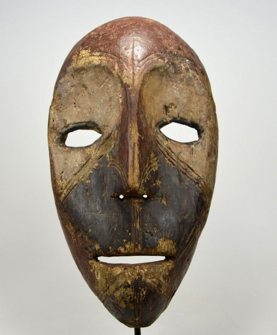 Eroded old Kumu African mask, African Art - 9