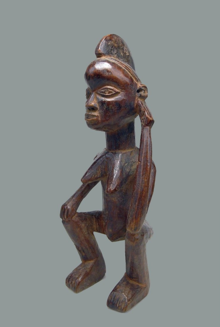 A Fine Holo Mvunzi magic sculpture, African Art