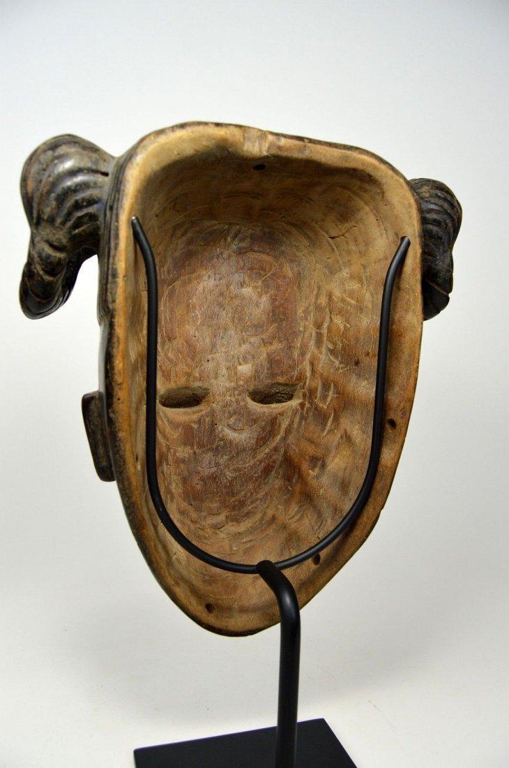 Vintage Ibibio Mask with elaborate coiffure - 7
