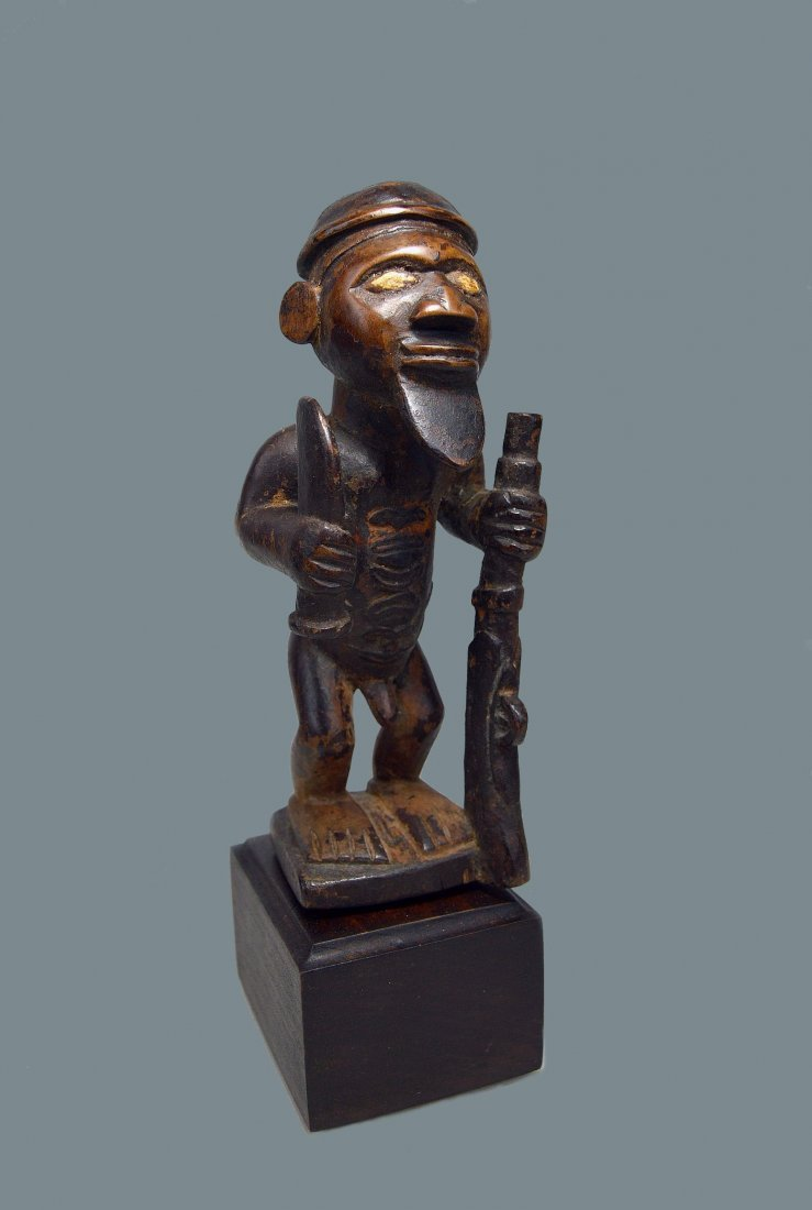 A Fine Bembe Male Ancestor sculpture African Art
