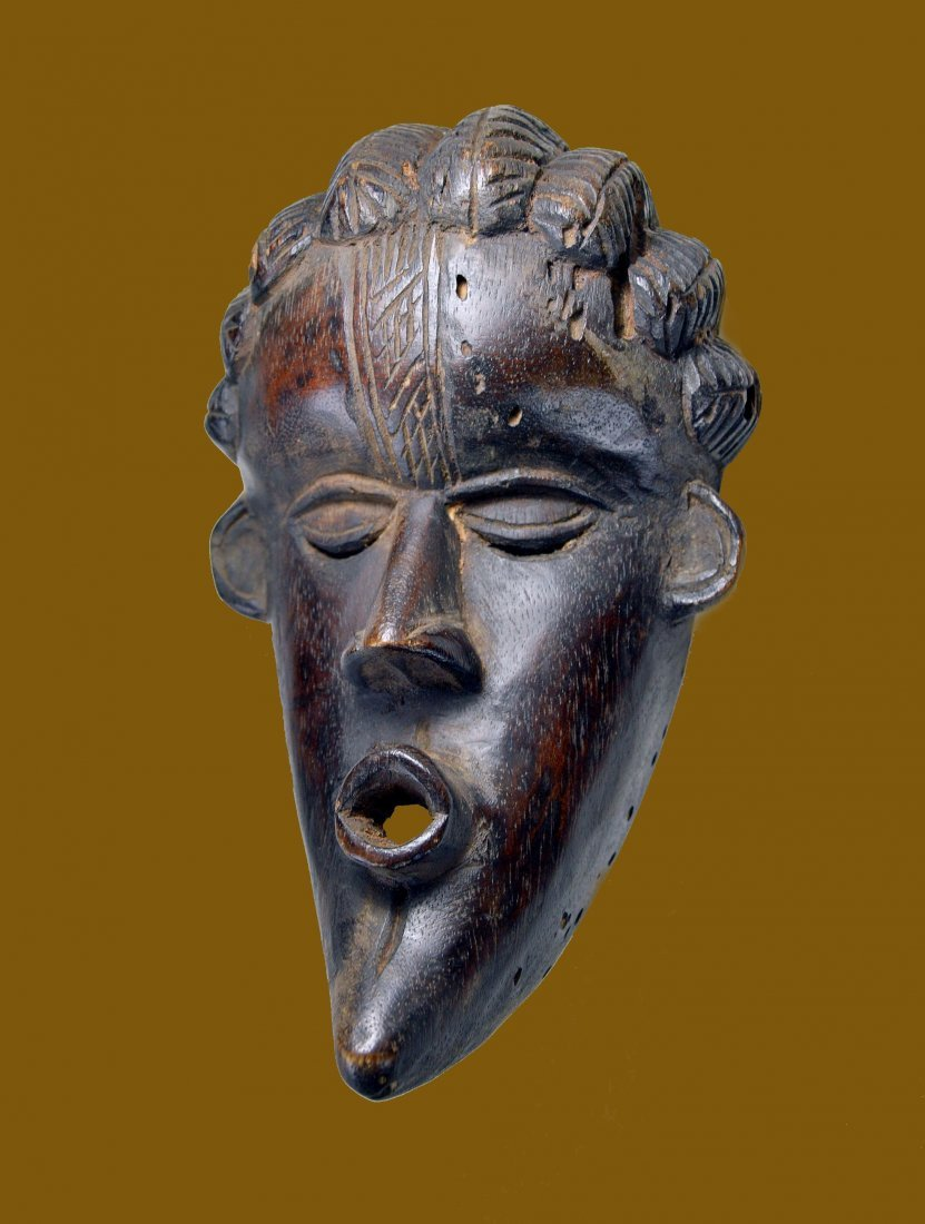 A Fine Dan Bassa mask Ex Bordogna Collection