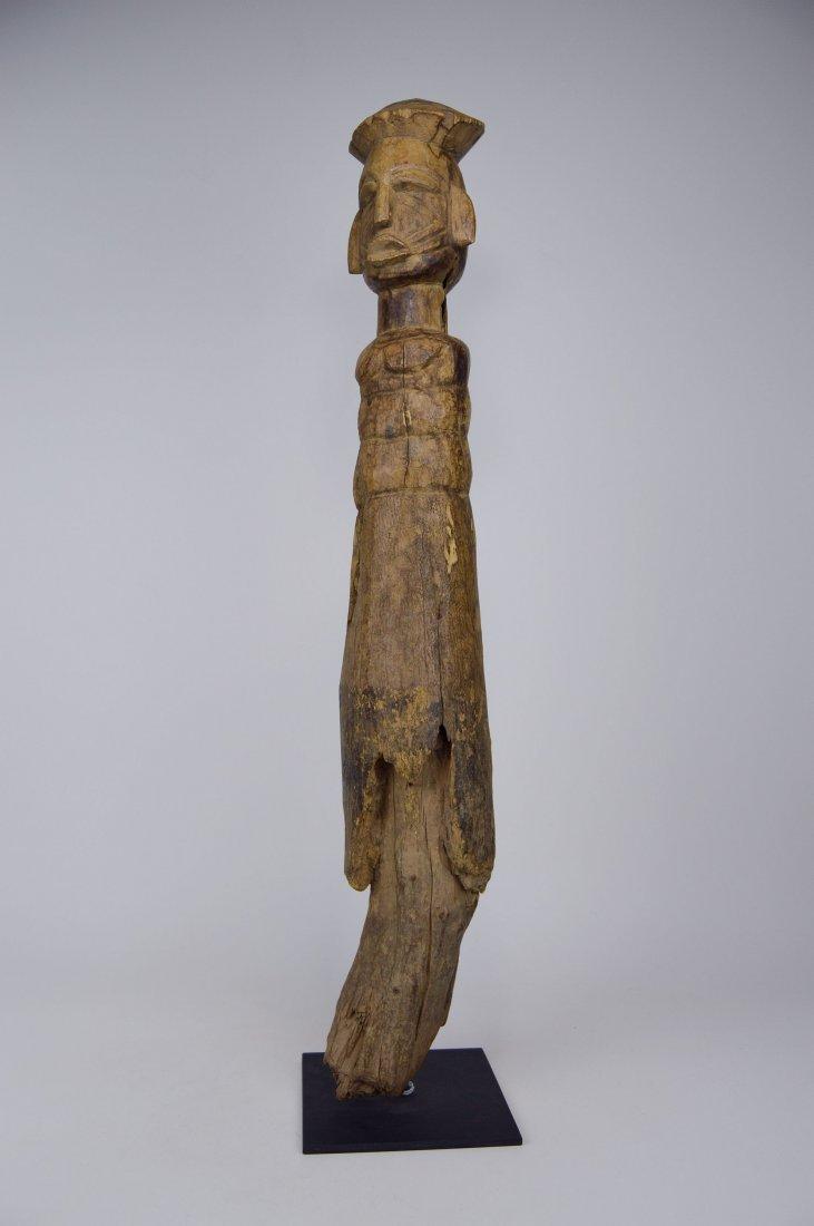 Eroded Old Lobi / Dagari Post figure, African Art - 3