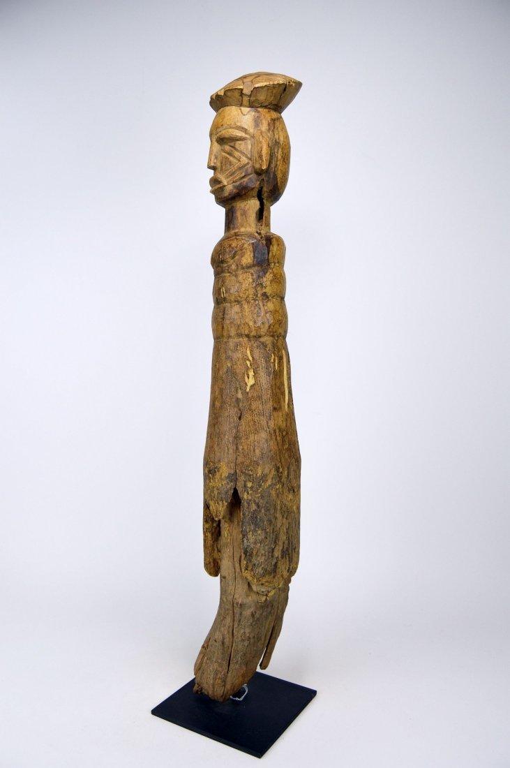 Eroded Old Lobi / Dagari Post figure, African Art - 4