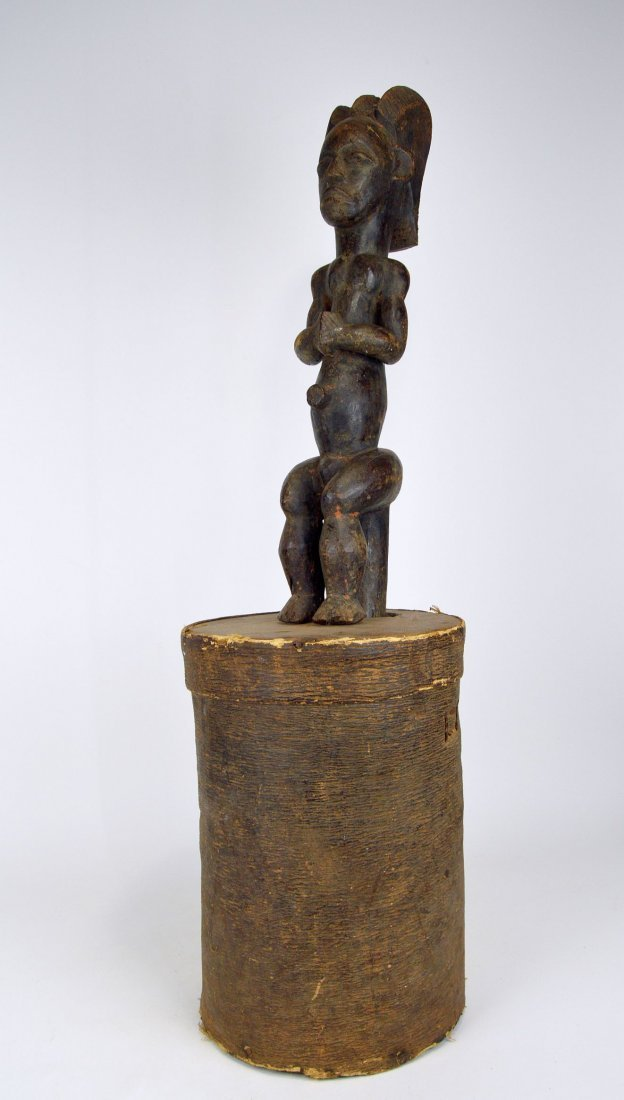A Fang Byeri Cult figure on Bark Box, African Art - 7