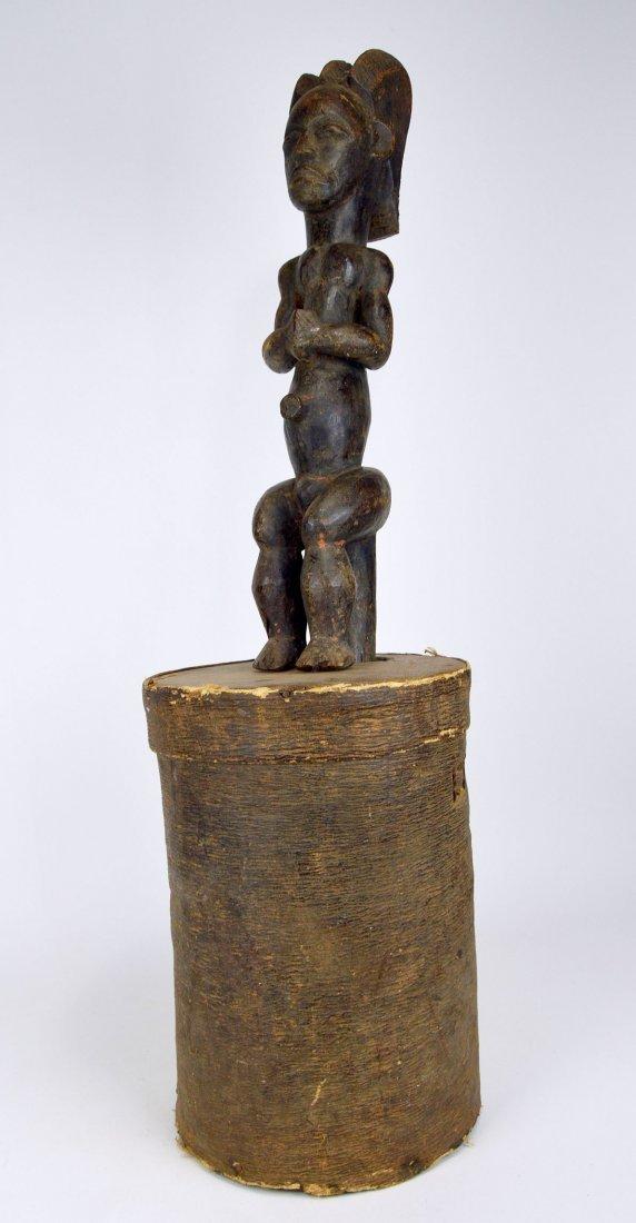A Fang Byeri Cult figure on Bark Box, African Art - 8