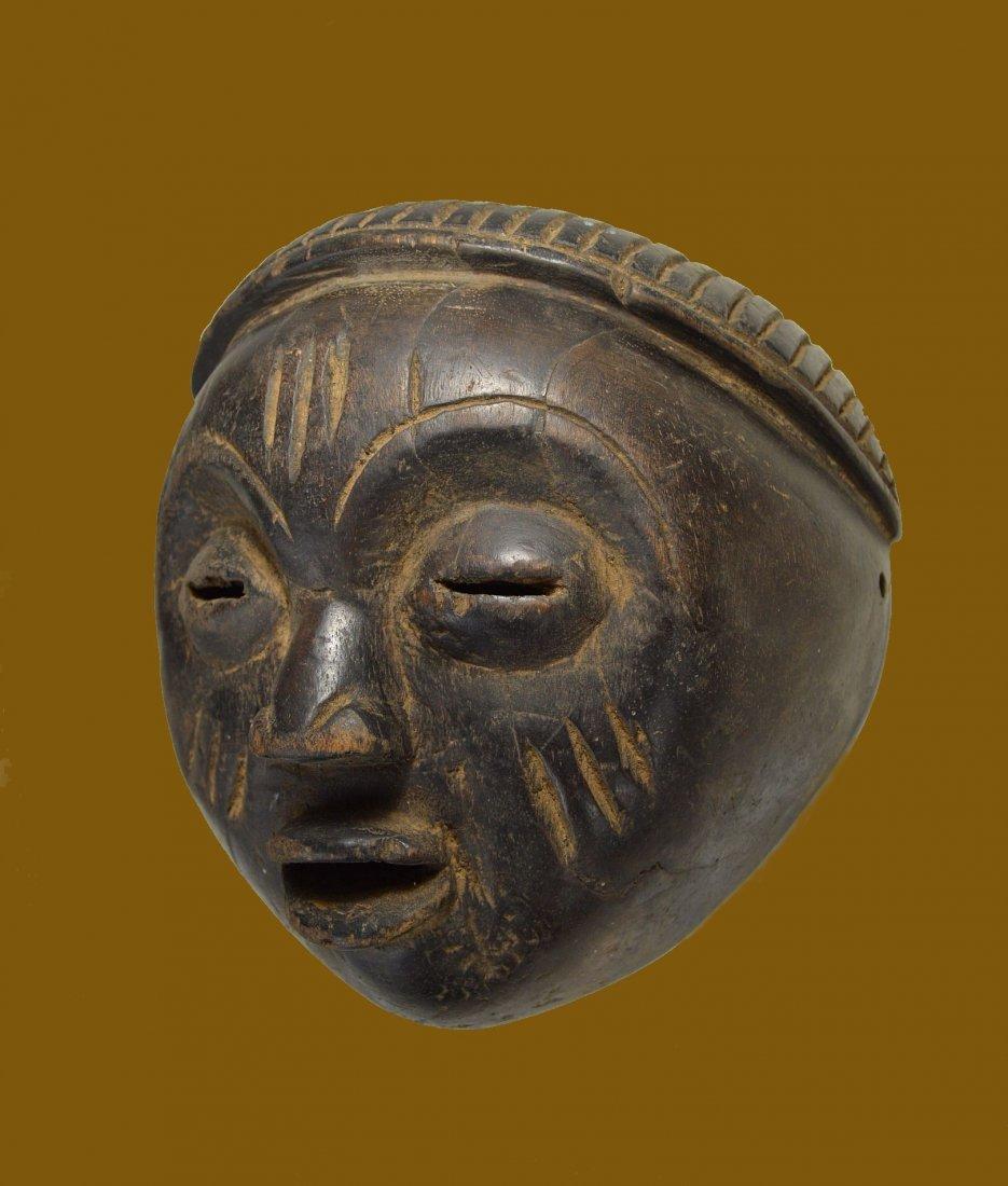 A Charming Lulua mask, African Art
