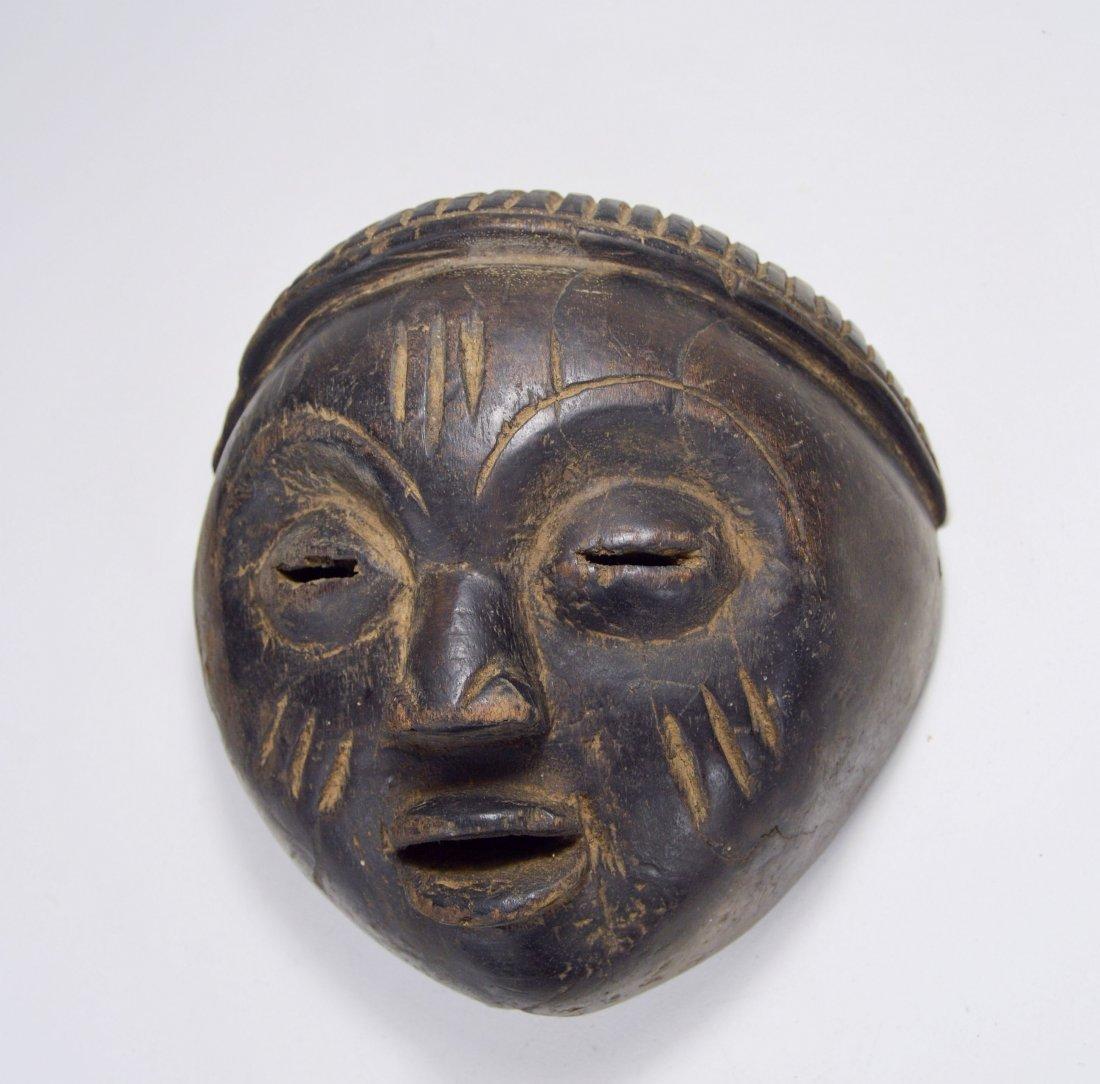 A Charming Lulua mask, African Art - 2