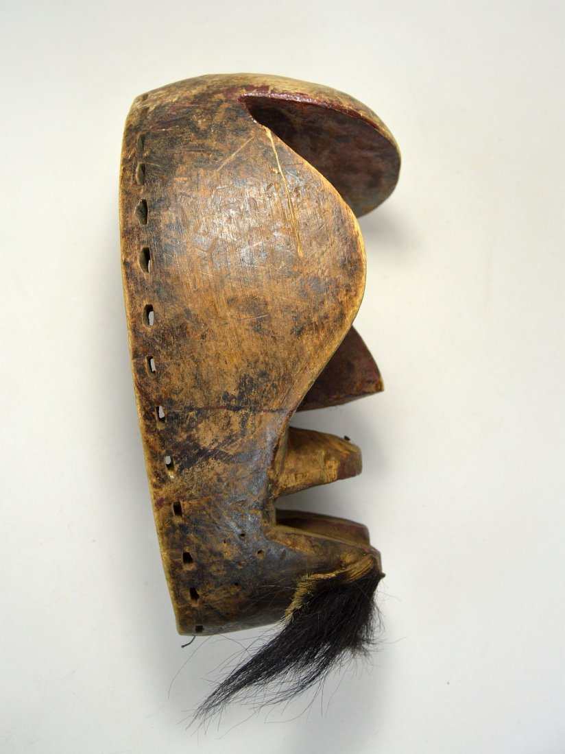 A Dan Kran Red face mask, African Art - 4