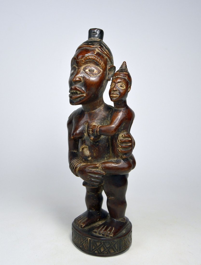 A Kongo maternity sculpture Mother & Child, African Art - 2