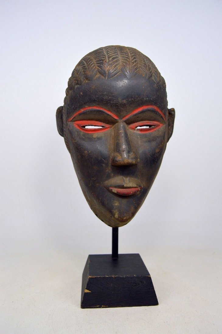 SERENE OLD DAN AFRICAN MASK WITH RED ACCENT - 5