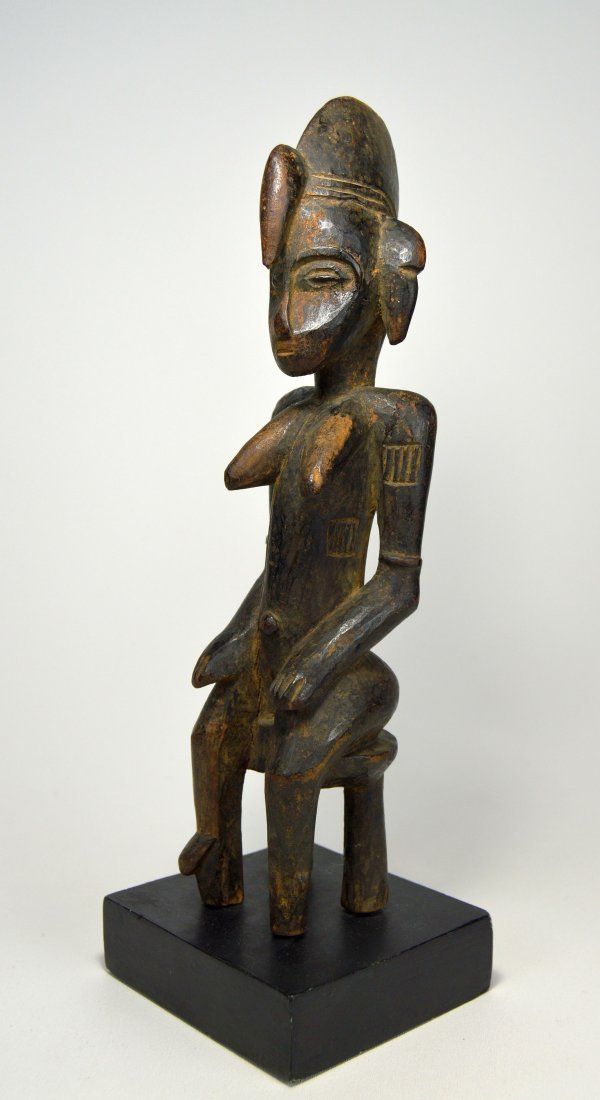 Old Senufo seated female sculpture, African Art