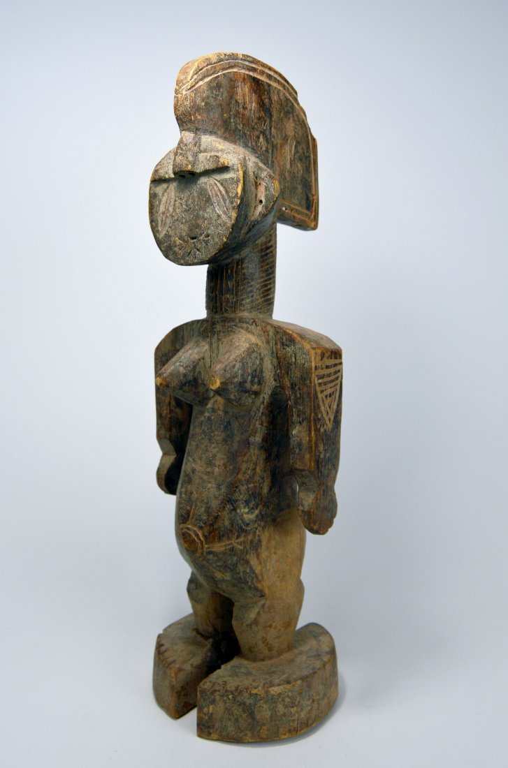 A Rare Idoma Female sculpture, African Art