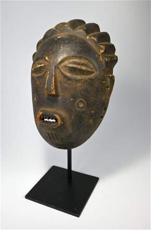 Rare Tabwa/Rungu Mask Field collected by Dean Ripa 1989