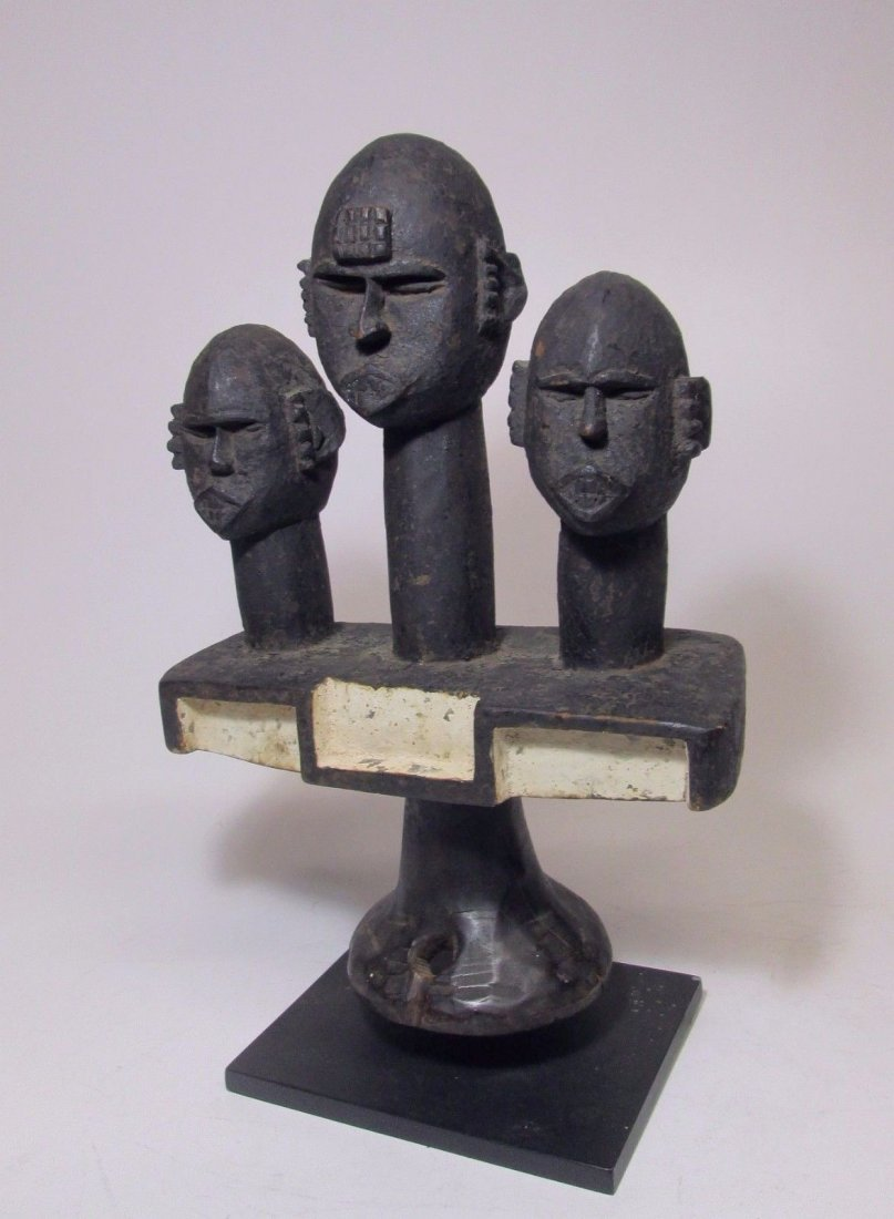 Rare Ibibio headdress w/ 3 Ancestor heads, African Art - 2
