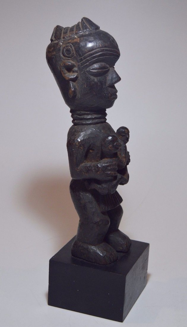 Old Lulua Maternity sculpture, African Tribal Art