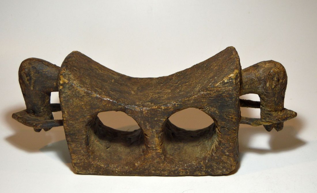 Old-Dogon-Head-Rest-with-Horse-head-finial-African Art - 3