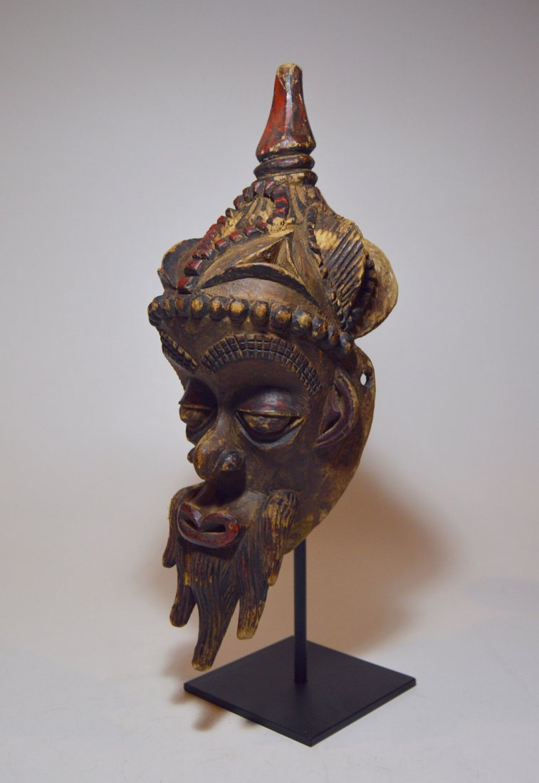 Fantastic Old Lulua African mask with Elaborate style
