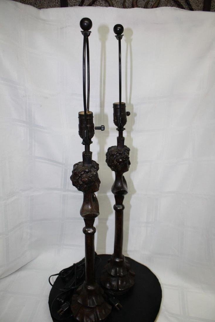 PAIR DIEGO GIACOMETTI SIGNED BRONZE LAMPS - 3