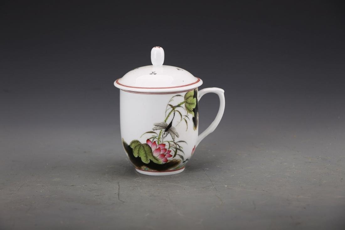 Chinese Famille Rose Tea Cup Painted with Lotus and