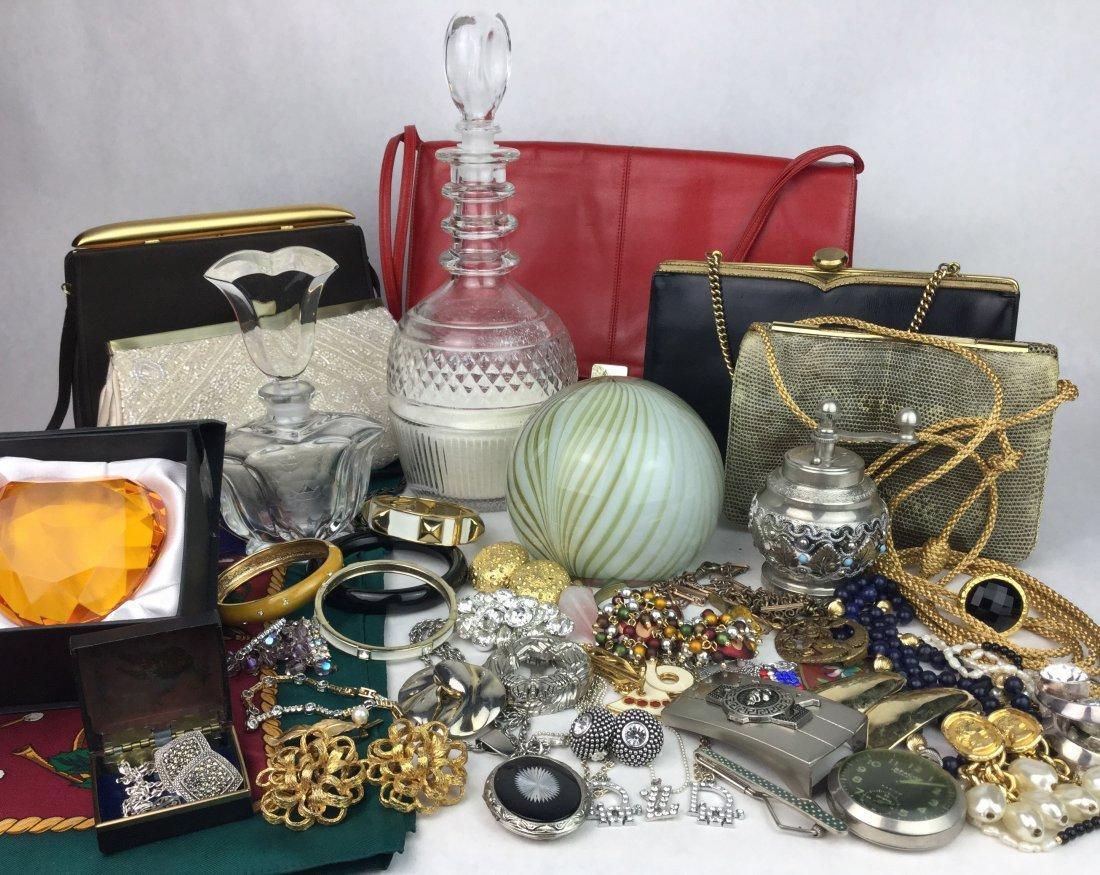 ESTATE Jewelry & Vanity Decor