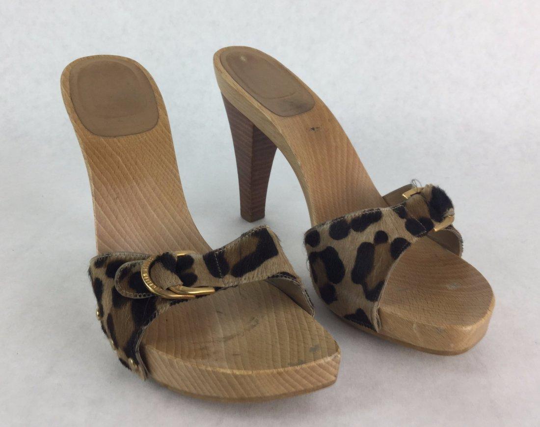 STUART WEITZMAN Leopard Print Heels
