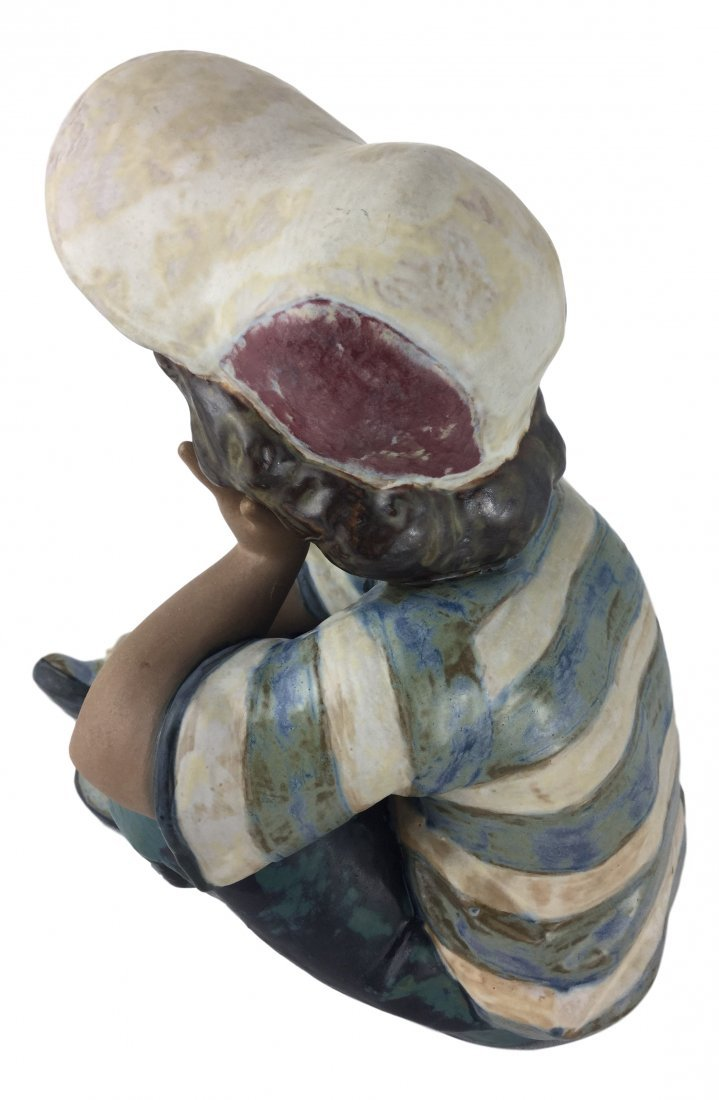 Lladro Retired #2209 with matte finish - Long Day - 2