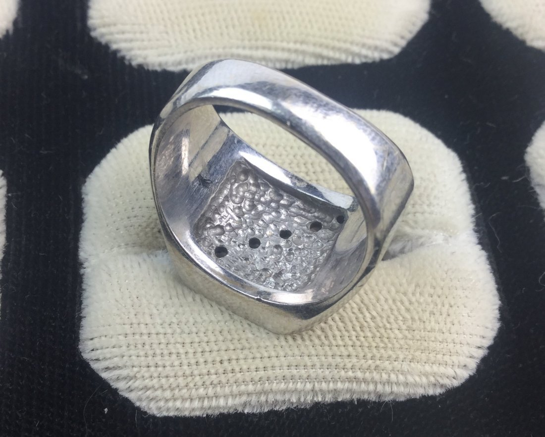 14 KT White Gold Ring with Diamonds Total Weight: 16 gm - 2