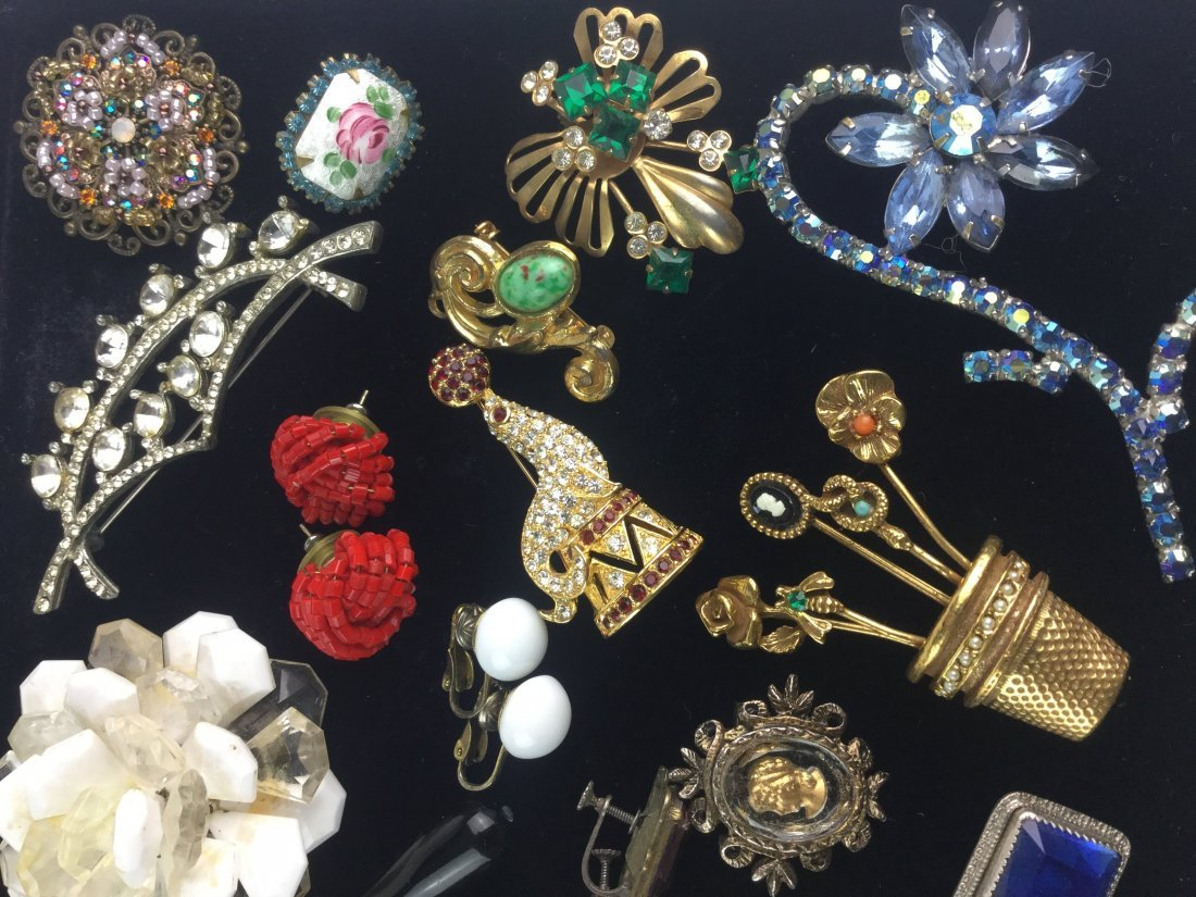 Vintage Estate Jewelry Lot with Signed Pieces - 4