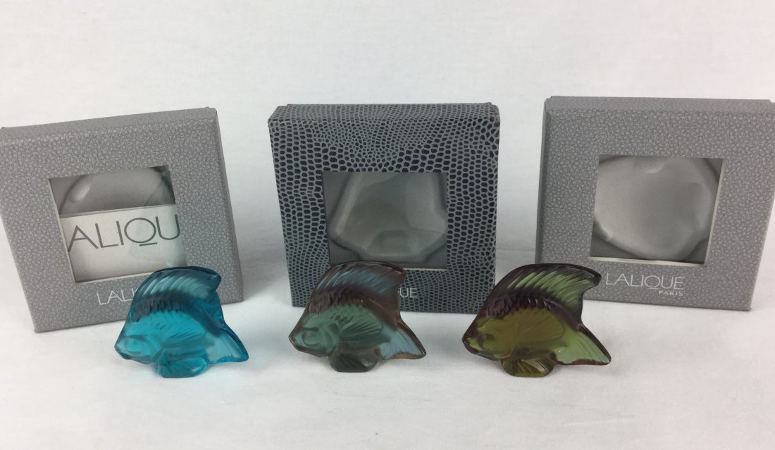 Lalique Signed Art Glass Fish Set of 3 with Boxes - 2
