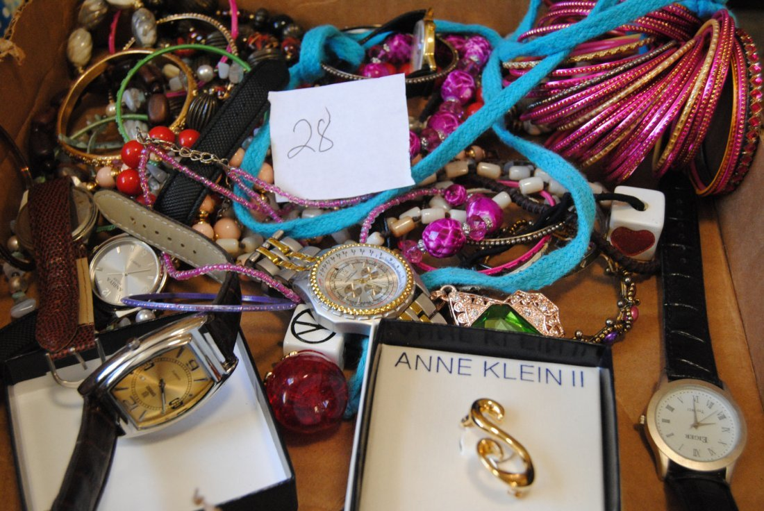 2LB UNSEARCHED UNSORTED LOT OF JEWELRY