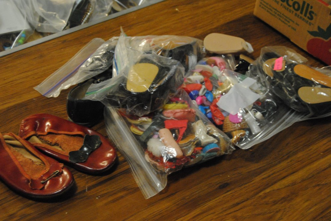 MIXED LOT OF DOLL SHOES ETC