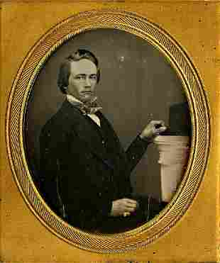 DAGUERREOTYPE YOUNG MAN HOLDS HIS HAT ON A COLUMN 16
