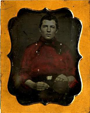 YOUNG FIREMAN WITH RED BLOUSE. 1//9 plate daguerreotype