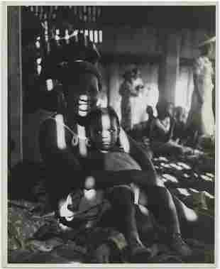 Ernst Rathenau Black mother child Coney Island 1944