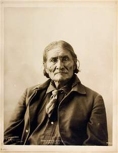 ONE WHO YAWNS (Goyathlay), called GERONIMO, Chiricahua