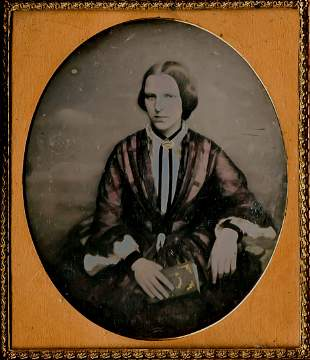 WOMAN WITH A BOOK, NICE DAGUERREOTYPE, COLORED
