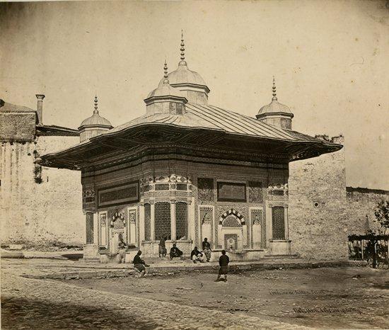 FOUNTAIN OF SULTAN AHMET 3, ISTANBUL  Robertson, Beato
