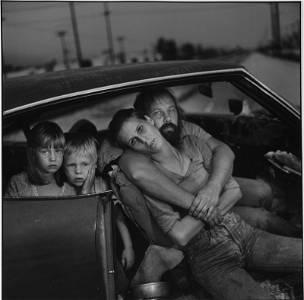 "MARY ELLEN MARK, ""THE DAMM FAMILY LOS ANGELES – 1987."""