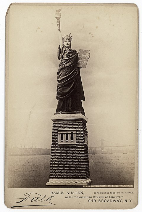 Actresses as the Statue of Liberty.