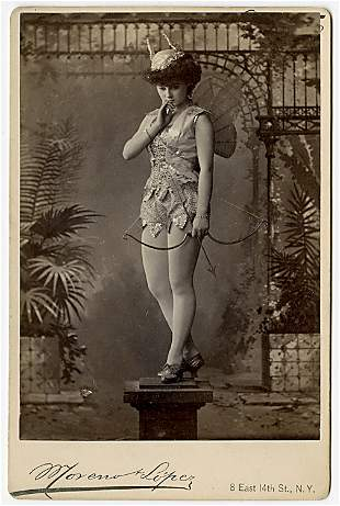 Theatrical performers. 15 cabinet cards by Moreno &
