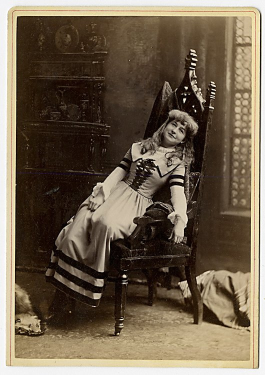 Potpourri of 52 theatrical cabinet card, various makers - 6
