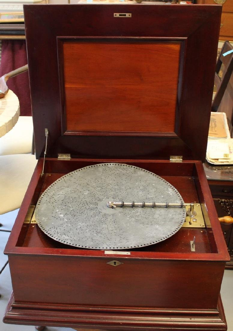 1860 New Century Music Box & 17 Discs